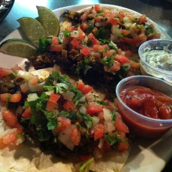 vegan tacos @ Hal & Al's Bar