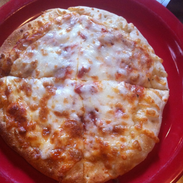 Kid's Cheese Pizza @ Chad's Grill