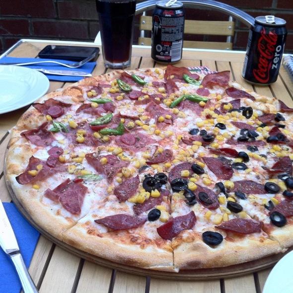 Pizza @ Pizzeria Al Dante