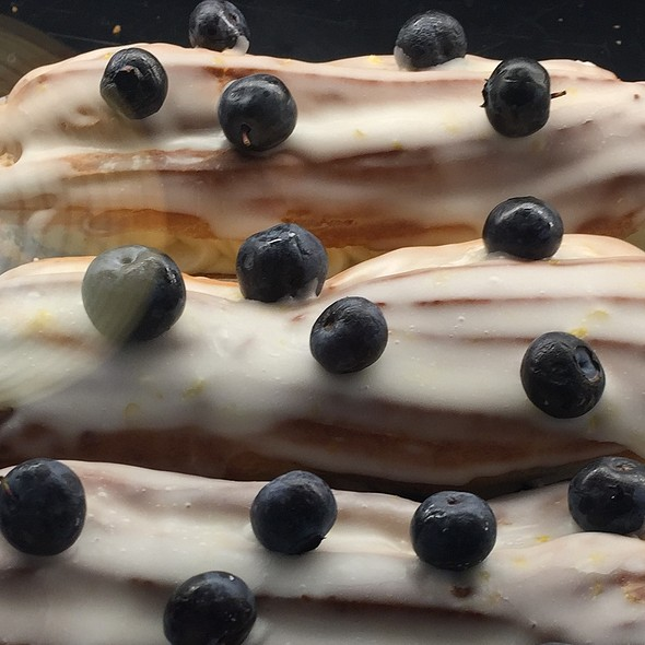 Blueberry Compote with Diplomat Cream Eclair