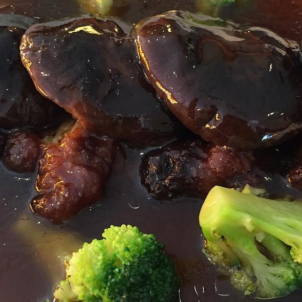 Broccoli And Shroom @ Boon Tong Kee