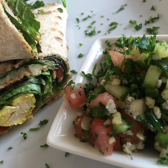 Garlic Chicken Panini With Tabouli @ Green Erth Bistro