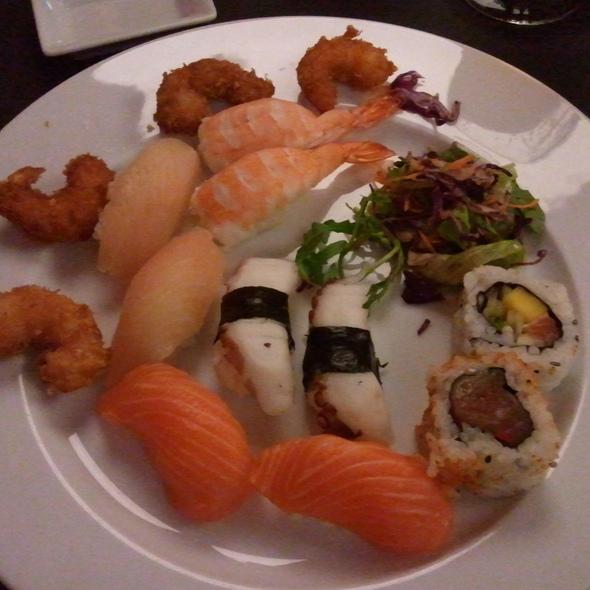 Sushi @ Origami Sushi Arena