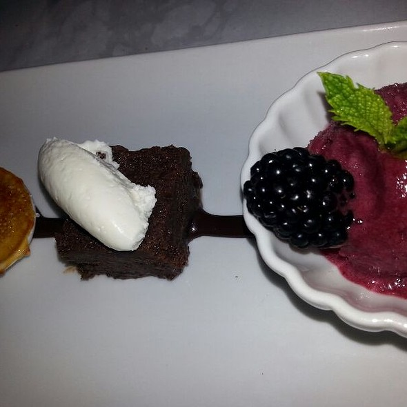 Dessert Trio - The Metro Wine Bar & Bistro, Oklahoma City, OK