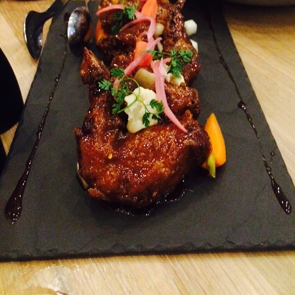 Chicken Wings @ Boulevard Kitchen & Oyster Bar