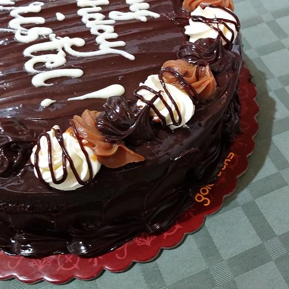 Chocolate Caramel Decadence @ Goldilocks SM City Iloilo