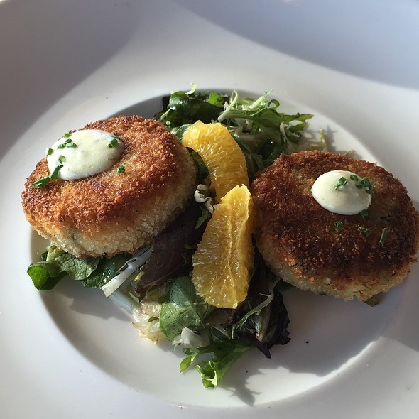 Crab Cakes - Moonraker, Pacifica, CA
