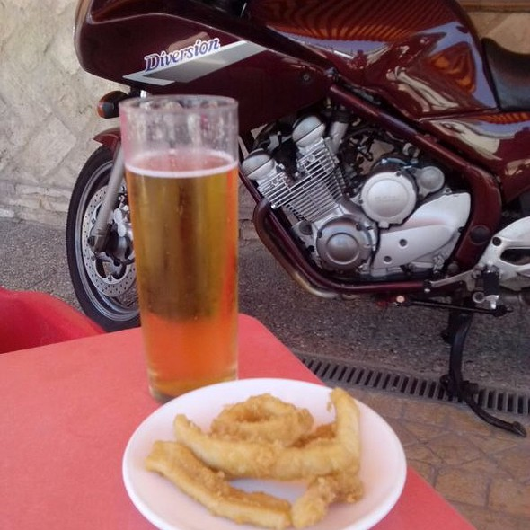 Birra, Tapa Y Amoto....... @ Bar La Cantina