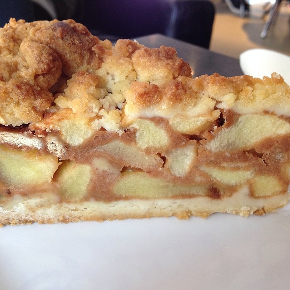 Dutch Apple Pie @ The Coffee Company