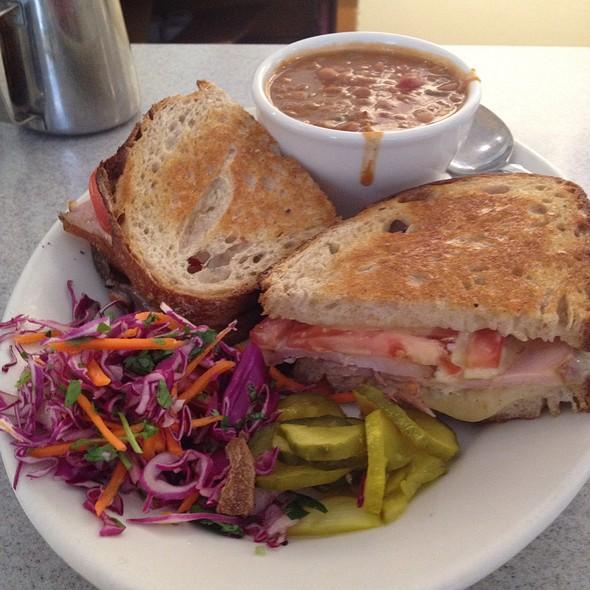 Ham Randy Sandwich