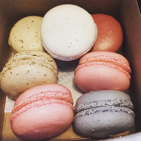 Assorted Macarons @ Estelle's Patisserie