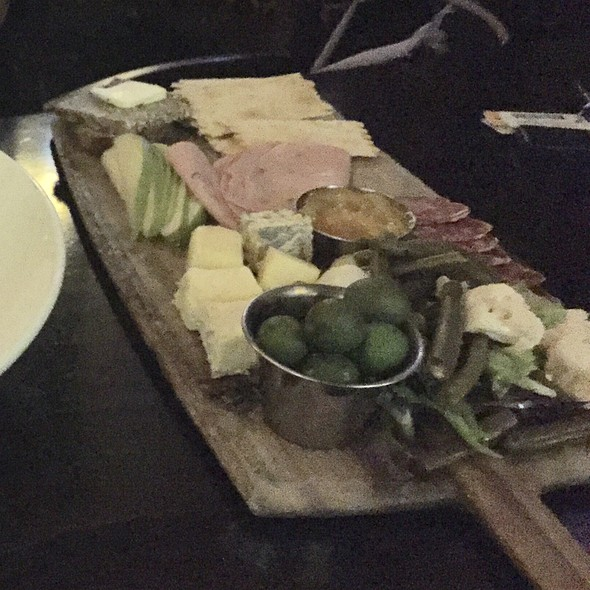 Cheese Board @ de Vere's Irish Pub