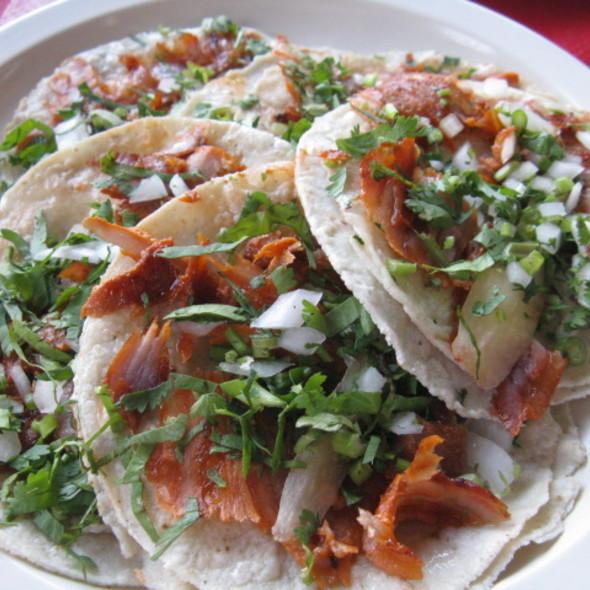 Tacos al Pastor @ Taqueria El Carboncito