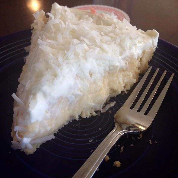 Coconut Cream Pie @ Jongewaard's Bake & Broil