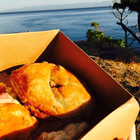 Meat Pie @ Cask and Schooner