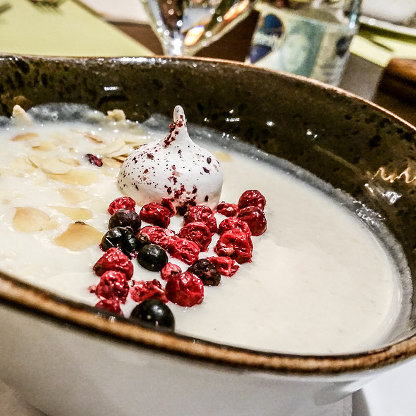Gooseberry Cream Soup @ Bistorant Kecskemét - Four Points by Sheraton