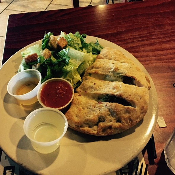 Lunch Calzone Plate @ Isabellas Pizzaria  Baton Rouge
