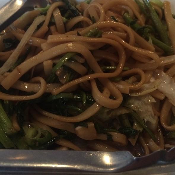 Beijing Street Noodles - A Single Pebble, Burlington, VT