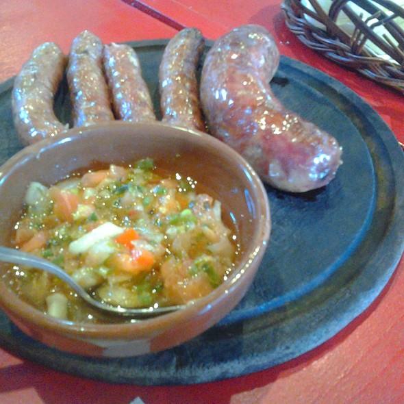 Chorizo y salchicha parrillera @ Lo de Adrián Parrilla