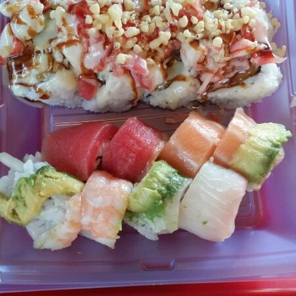 Rainbow Roll & Sushi Go: Cali Toll Topped With Crab, Shrimp  And White Tuna @ Sushi Go