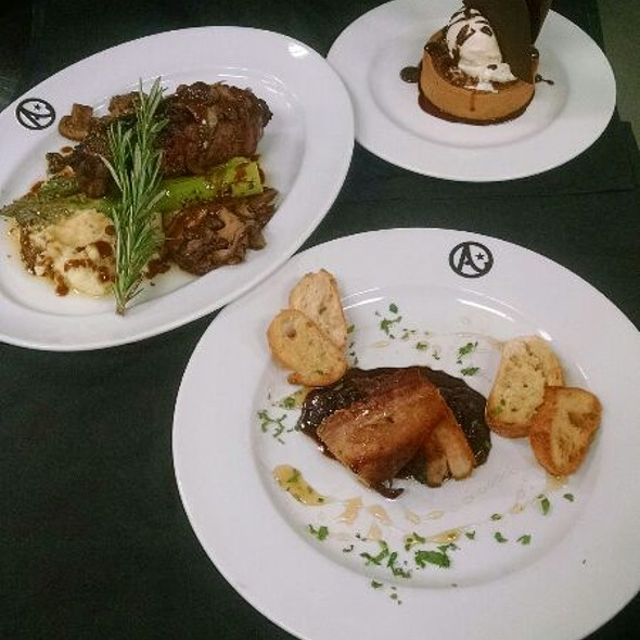 Threr Square Dinner Special - Austin's Steakhouse - Texas Station Gambling Hall & Hotel, Las Vegas, NV