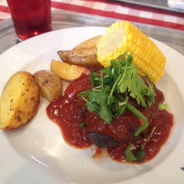 Bbq Beef Patty @ Restaurang Finn Inn