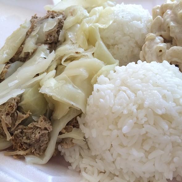 Kalua Pork with Cabbage @ Aloha Eats