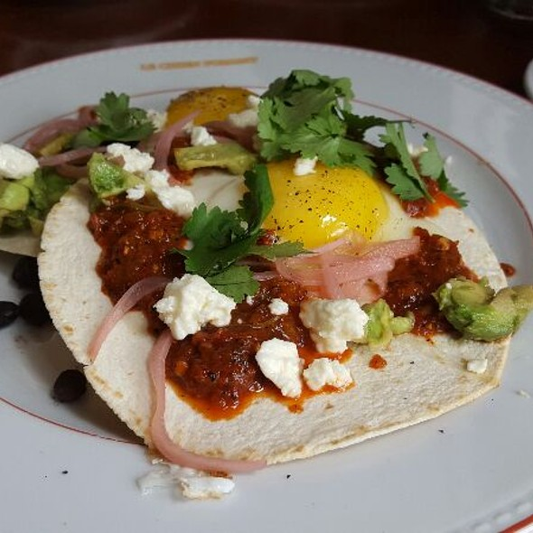 Mexicain Breakfast - Le Chien Fumant, Montreal, QC