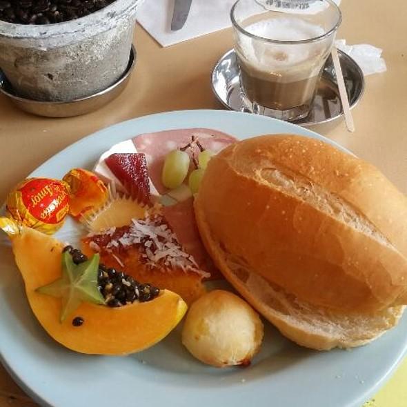 Brazillian @ World Breakfast All Day