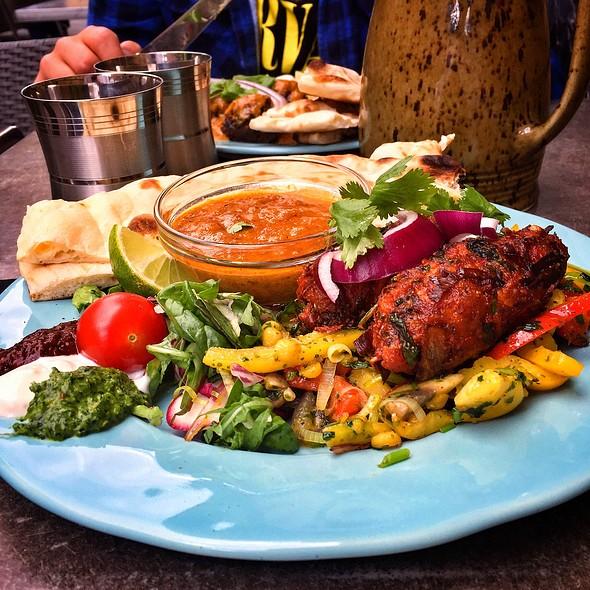 Tandoori Chicken @ Shanti Gossip