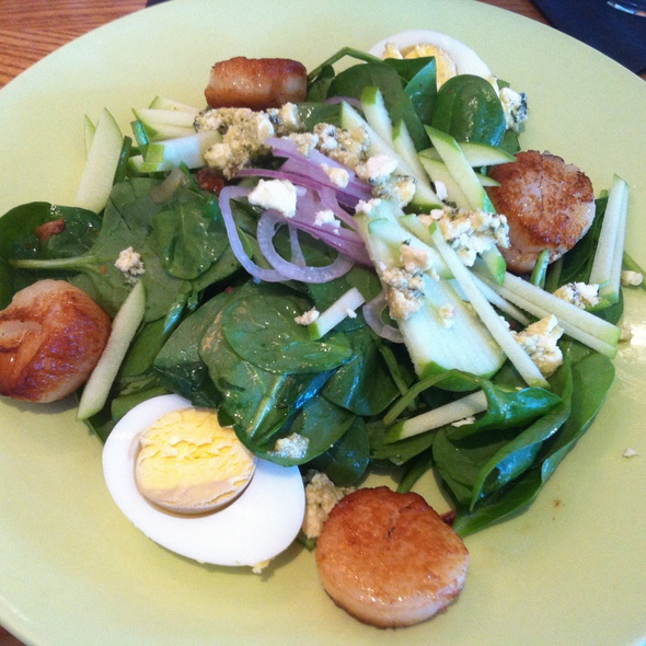 Scallop And Spinach Salad @ South Congress Cafe