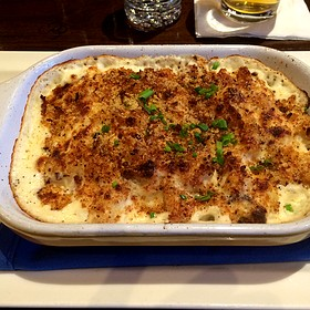 Baked Seafood Mac And Cheese