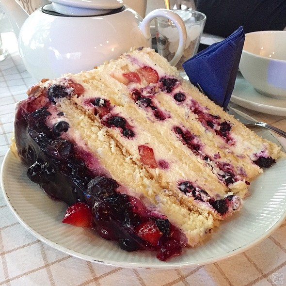 Blueberry Mascarpone Gateaux | Blaubeer Mascarpone @ Frau Behrens Torten