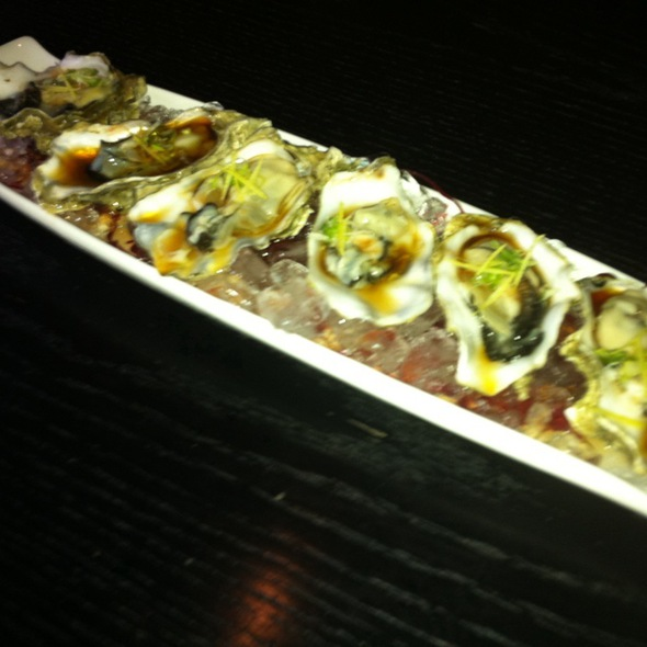 Raw pacific oysters @ Nozumi Asian Japanese Cuisine