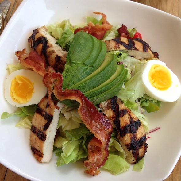 Chicken And Avocado Salad - EOLO: Seasonal Sicilian Kitchen, New York, NY
