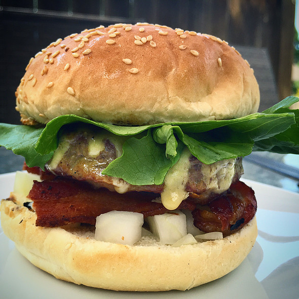 Wagyu Beef Burger @ Culinary Cave