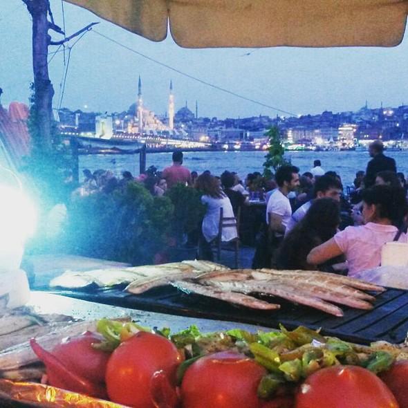 Fish Wrap @ Karaköy Eminonu