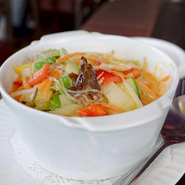 Vegetables With Rice Noodles @ Chan Chira
