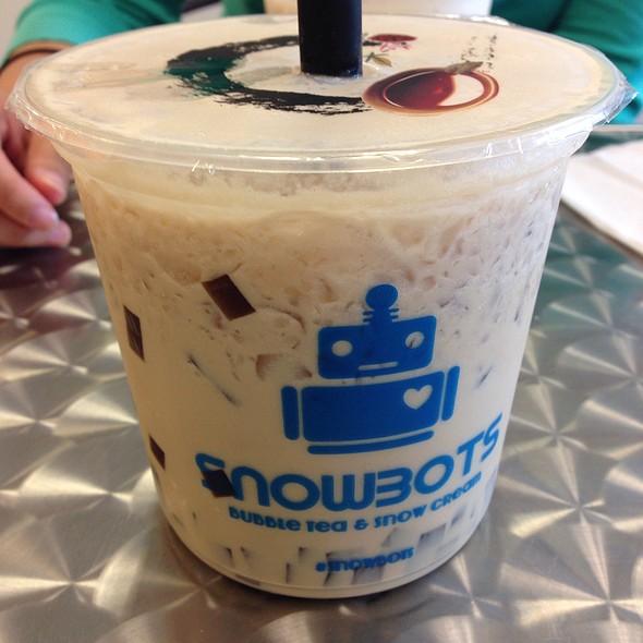 Almond Milk Tea @ Snowbots