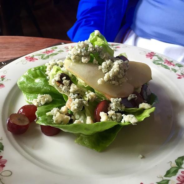 Butter Lettuce Salad @ The Dandelion