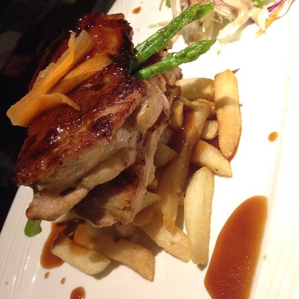 Charbroiled Teriyaki Chicken @ Alessio Solaris Dutamas