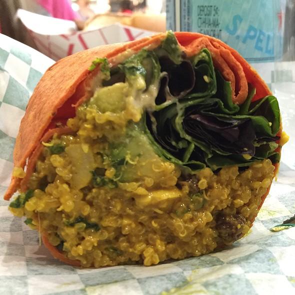 Curry Quinoa Wrap @ Al Frescó