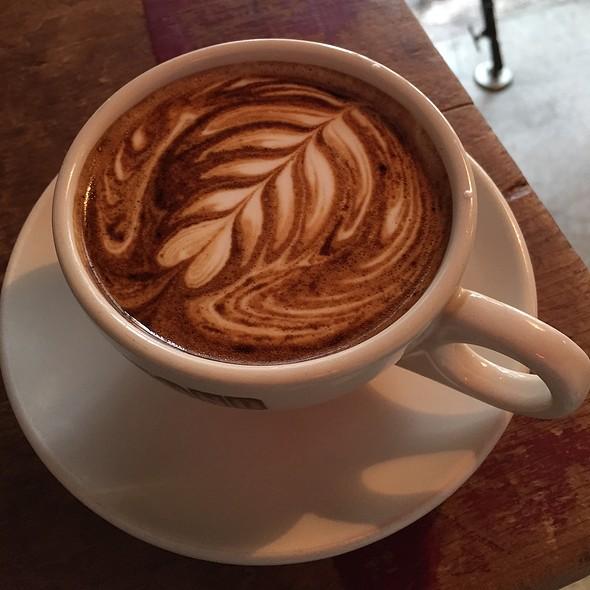 Latte @ Bear Pond Espresso