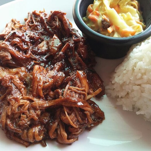 Pulled Pork Rice with Coleslaw
