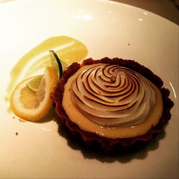 Key Lime Pie @ Salsipuedes Panama