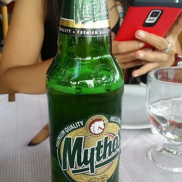 Mythos Greek Beer! @ Vakchos Tavérna