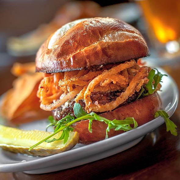 Battle Burger @ de Vere's Irish Pub