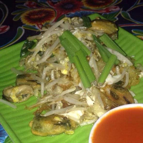 Hoi Thawt @ Pok Pok Restaurant