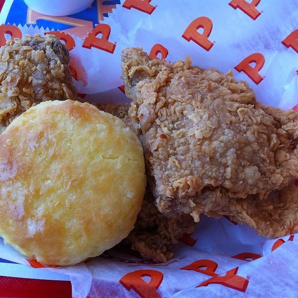 3Pc Mild Chicken Dinner @ Popeye's Louisiana Kitchen