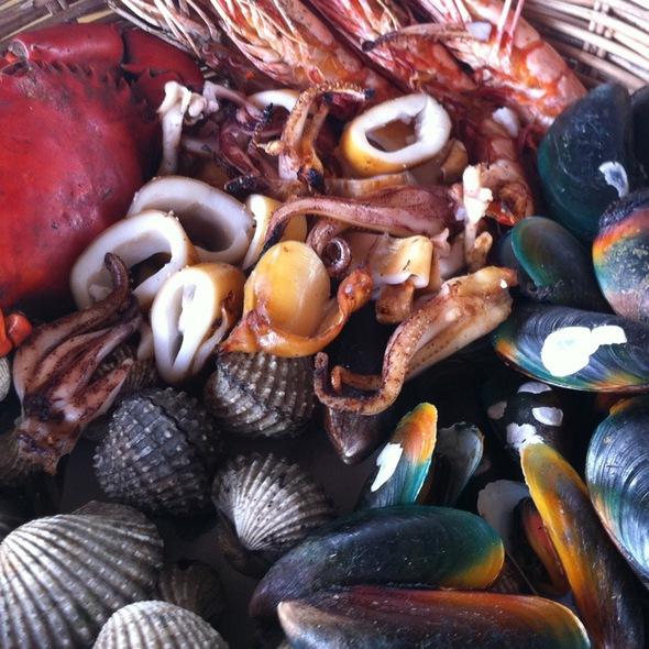 Mixed Seafood Grill @ Bangkok Sea View Restaurant